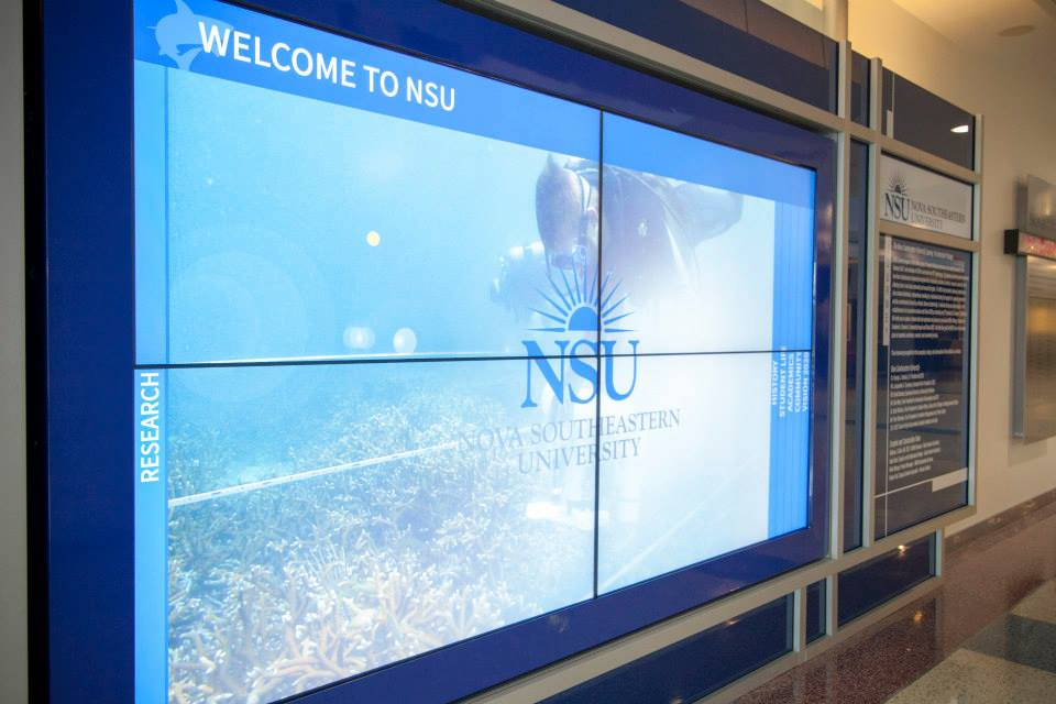 HIgher Education University Interactive 2x2 Video Wall By Horizon Display