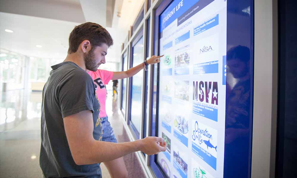 Custom Interactive Touch Software Application for Higher Ed University by Horizon Display